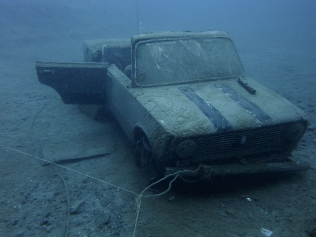 Pit Lazurny diving Russia