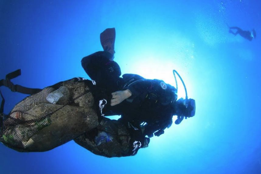 project-aware-debris-scuba-diving