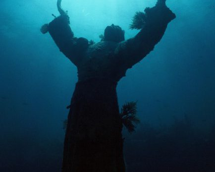 christ_of_the_abyss_underwater_sculpture
