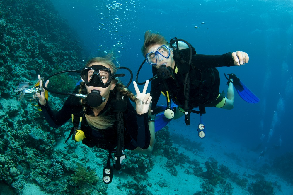 gap-year-scuba-buddy