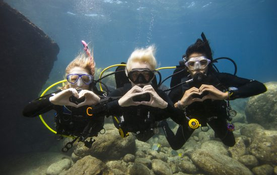 Love Diving underwater in La Paz with PADiWomen