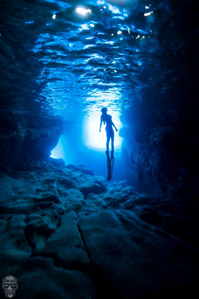 Freediving in Hawaii Photo: Kris Landers