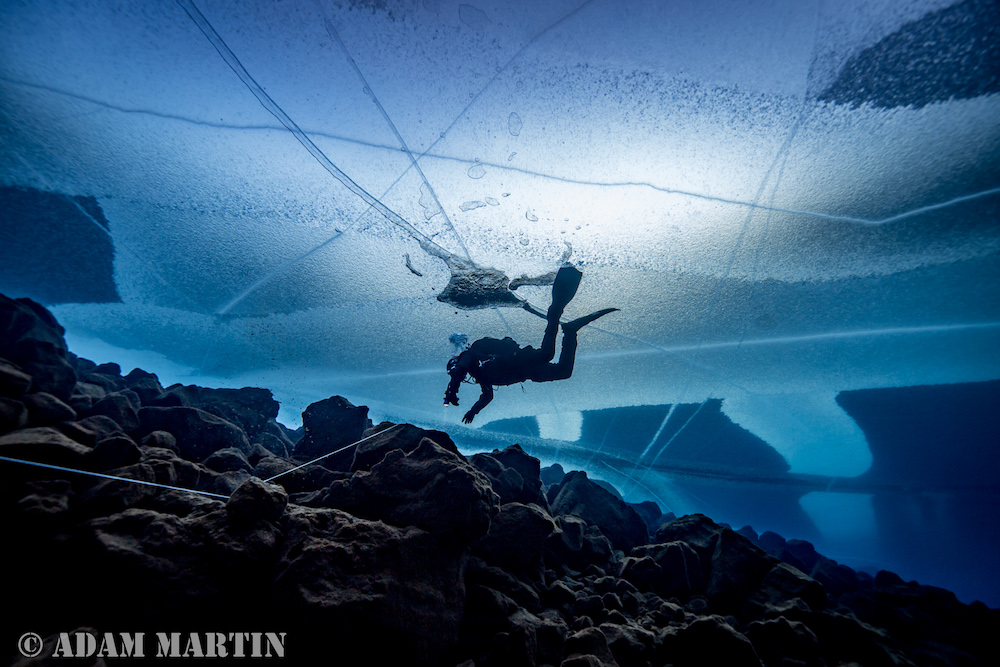 diving Davíðsgjá in iceland