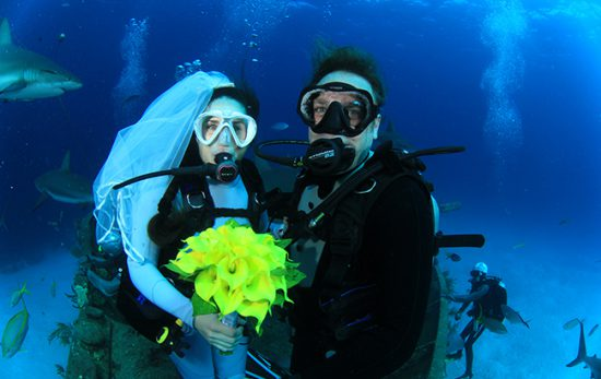 Diving Wife Underwater Wedding
