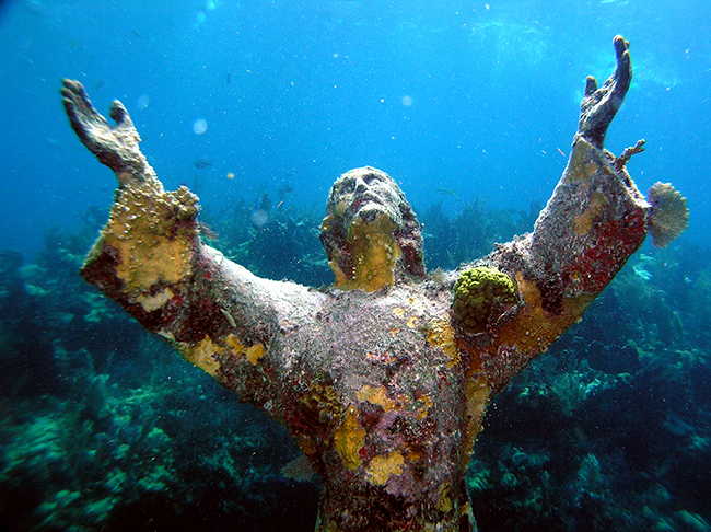 Florida Diving - Christ Statue