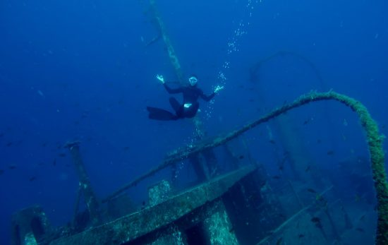 best freediving locations for wrecks -El Penon, Tabiba Tenerife