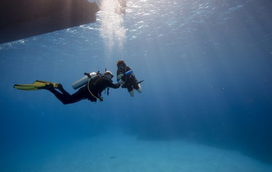 5 ways you can learn to be a better scuba diver