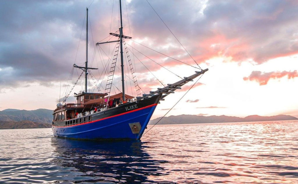 ADEX liveaboard deals ilike